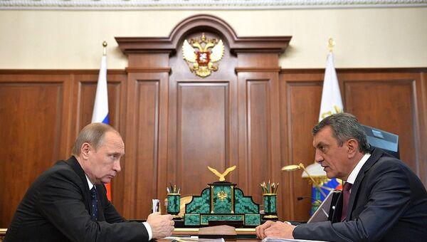 Губернатор Севастополя Сергей Меняйло на встрече с президентом России Владимиром Путиным