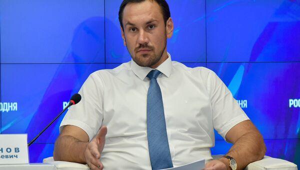 А.Спиридонов