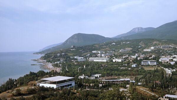Панорама Алушты