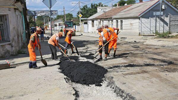 Ремонт дороги в Симферополе