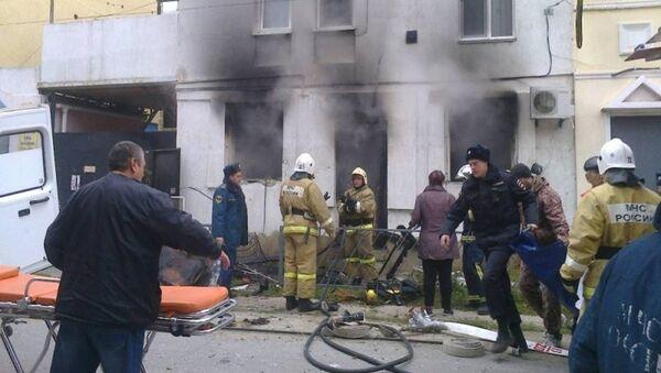 Сотрудники МЧС ликвидировали пожар в частном доме в Евпатории