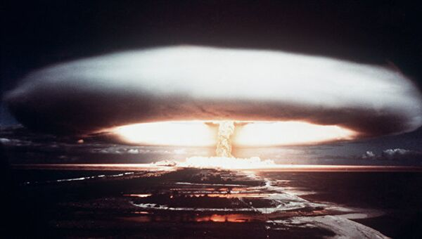 Испытание ядерного оружия на атолле Муророа. 1971 год