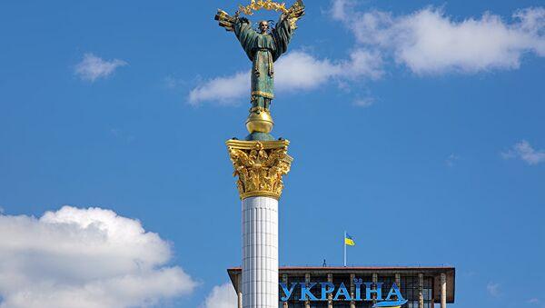 Монумент Независимости на майдане Независимости в Киеве
