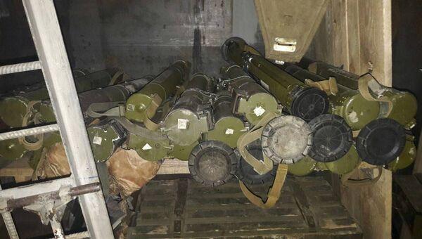 Оружие, найденное на базе формирования Аскер в Чонгаре Херсонской области