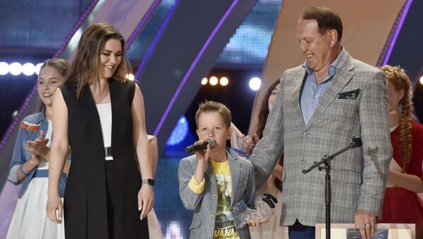 Участник международного конкурса молодых исполнителей популярной музыки Детская Новая волна Евгений Бойцов (Россия), занявший третье место
