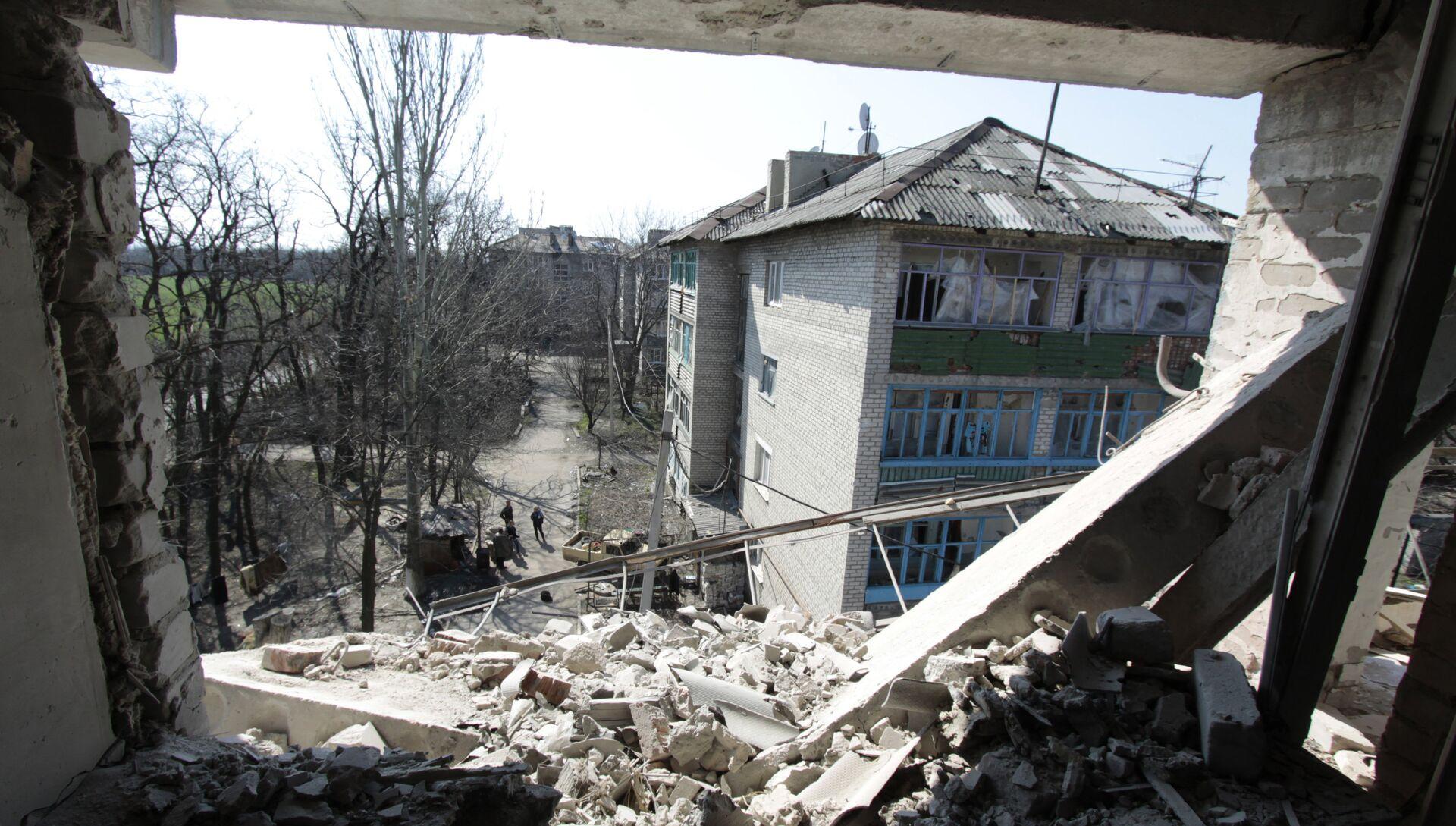 Жизнь в прифронтовом поселке Донецк-Северный в Донбассе - РИА Новости, 1920, 28.03.2021
