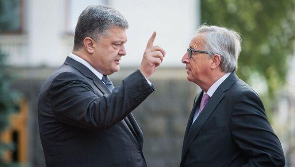 Президент Украины Петр Порошенко, президент Еврокомиссии Жан-Клод Юнкер перед саммитом Украина-ЕС. 13 июля 2017