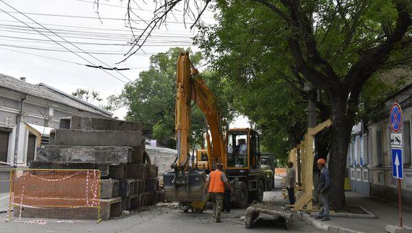 Дорожный ремонт на ул. Карла Маркса в Симферополе