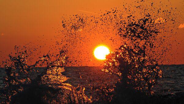 Закат солнца на Черном море