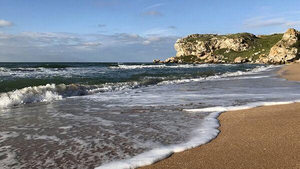 Крымские пляжи: инструкция по применению
