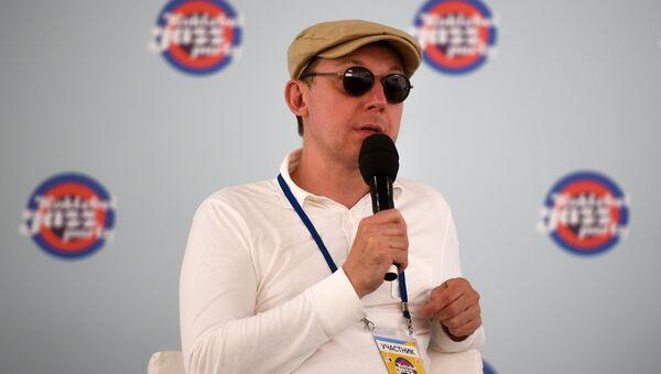 Участник Международного ансамбля Якова Окуня Яков Окунь на пресс-конференции в рамках фестиваля Koktebel Jazz Party 2017