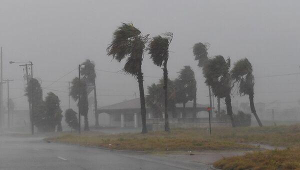 Во время урагана Харви в Корпус-Кристи, штат Техас. 25 августа 2017