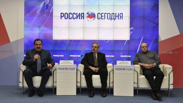 Пресс-конференция: Великая русская революция и Крым