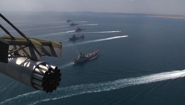 Корабли Черноморского флота во время учений в Крыму