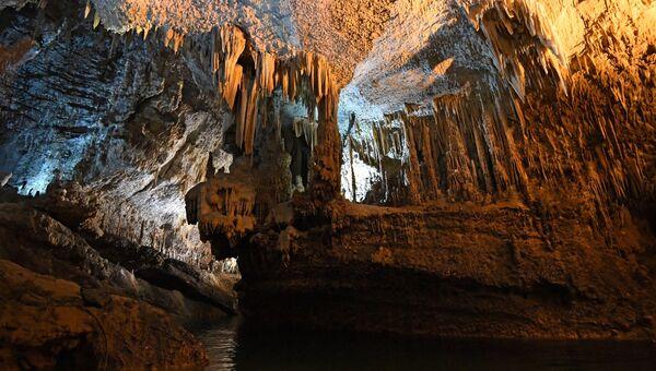 Пещера. Архивное фото