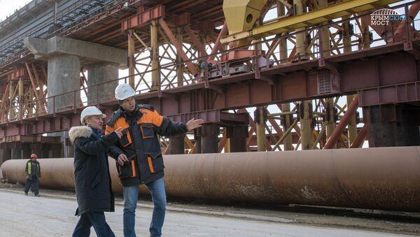 Председатель совета директоров компании Стройгазмонтаж Аркадий Ротенберг на строительстве Крымского моста