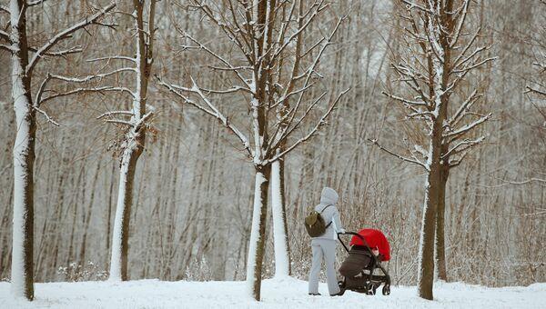 Прогулка с ребенком в зимнем парке