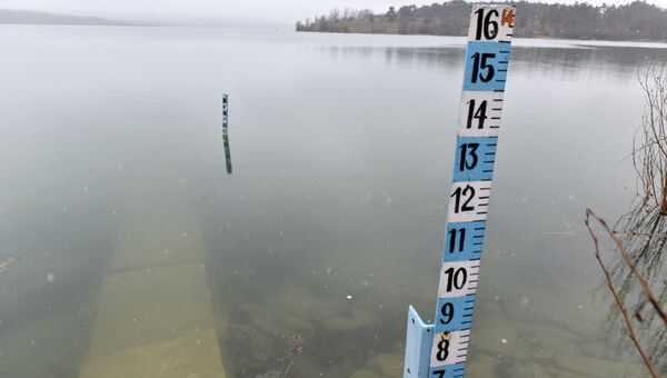 Уровень воды в водохранилище