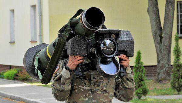 Американский переносной противотанковый ракетный комплекс (ПТРК) Javelin