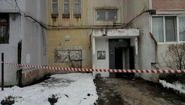 Подъезд дома 81 по улице Балаклавская в Симферополе