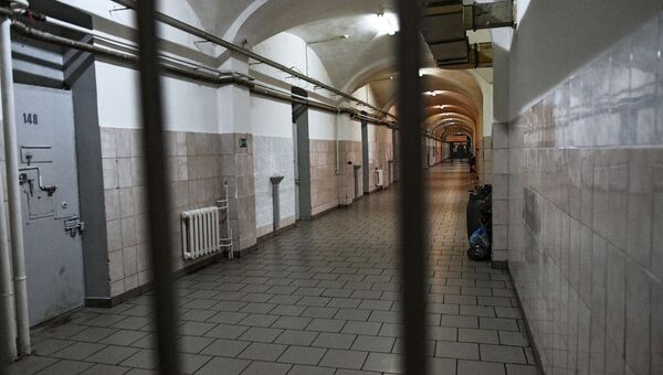 Коридор в Следственном изоляторе № 2 Управления федеральной службы исполнения наказаний по городу Москве