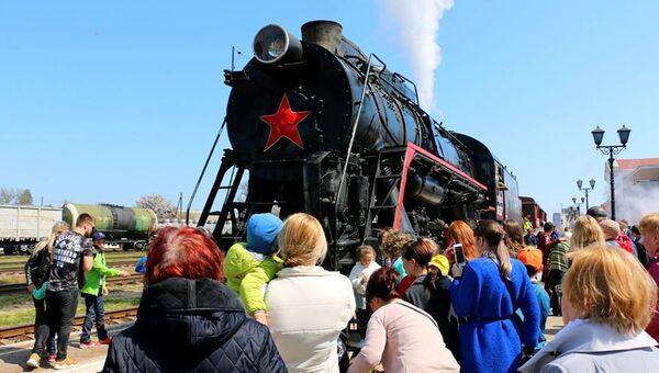 Встреча поезда Победы в Керчи