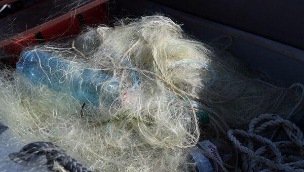 Браконьерские сети, которые достали из моря пограничники