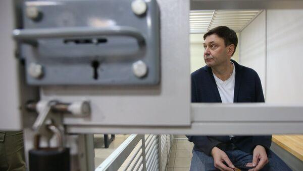 Руководитель портала РИА Новости Украина Кирилл Вышинский во время рассмотрения апелляции на арест в Херсонском зале суда