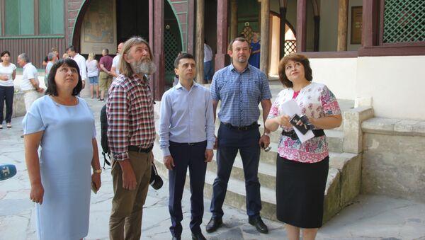 Российский путешественник и исследователь Федор Конюхов в Ханском дворце