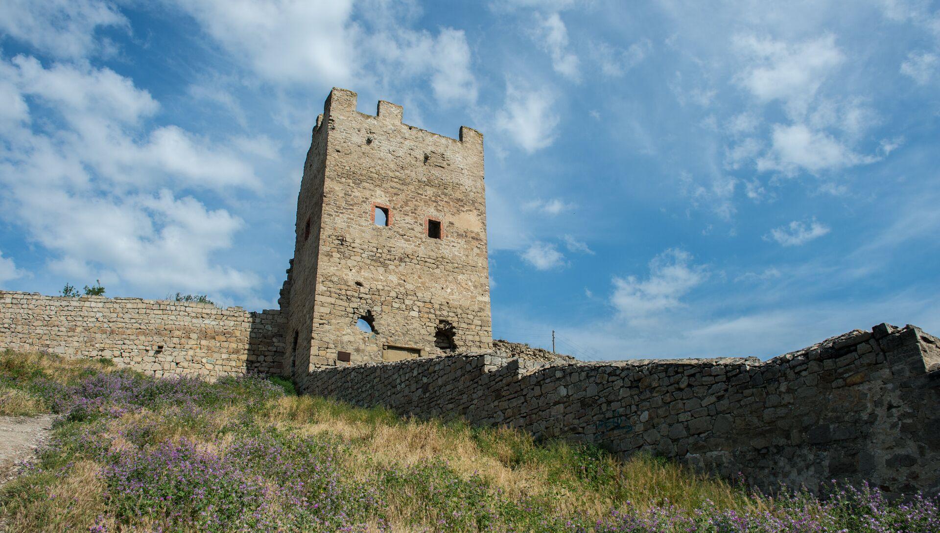 Генуэзская крепость Кафа в Феодосии - РИА Новости, 1920, 28.06.2021