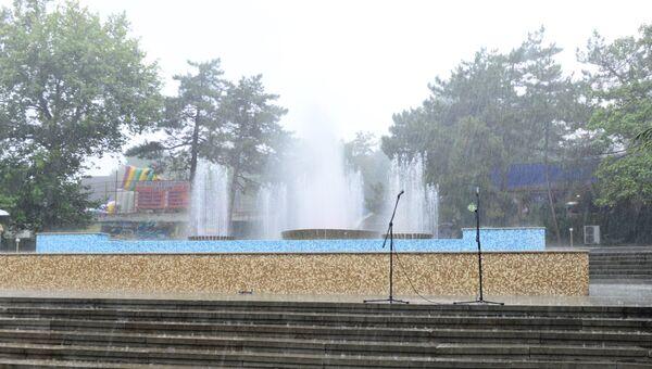 В Феодосии открыли после реконструкции цветомузыкальный фонтан
