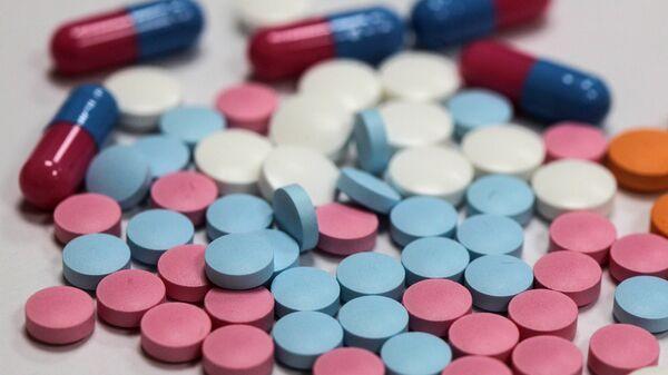 Таблетки. Архивное фото