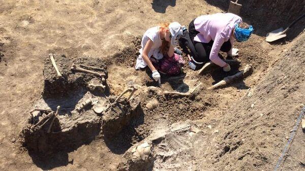 Археологи нашли в Крыму древнее массовое захоронение