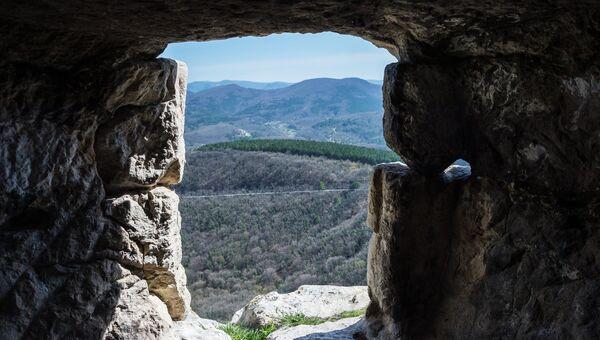 Пещерный город на Мангупе