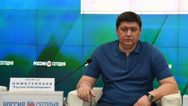 Заместитель председателя региональной общественной организации Къырым бирлиги (Единство Крыма) и Общественного совета крымско-татарского народа Рустем Ниметуллаев