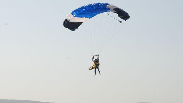 Прыжки с парашютом аэродрома для людей с ограниченными возможностями на аэродроме Заводское