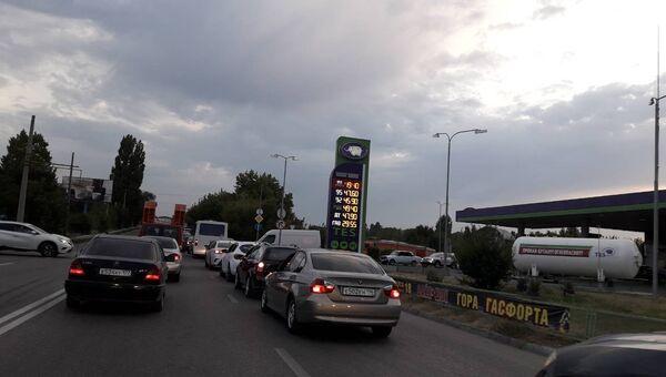 Пробка улице Героев Сталинграда в Симферополе, 29 августа 2018 г.