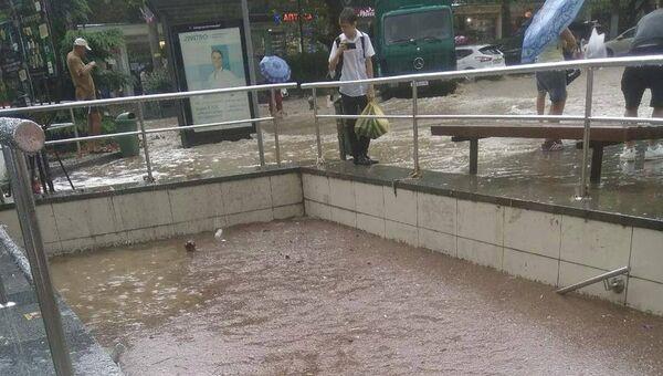 Затопленный подземный переход в Ялте возле кинотеатра Спартак. 6 сентября 2018