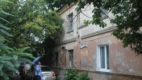 Жилой дом, признанный аварийным, на улице Гоголя, 93 в Симферополе