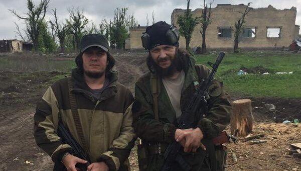 Граждане РФ братья Руслан и Марлен Мисиратовы, обвиняемые в участии в деятельности экстремистской организации Правый сектор*