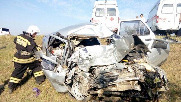 В Крыму столкнулись рейсовый автобус и ВАЗ: пять человек погибли