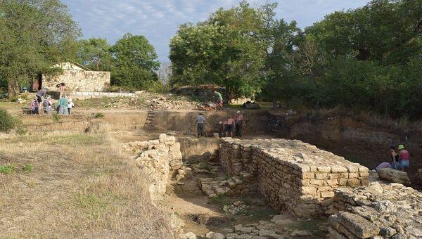 Раскопки античного города Тиритака