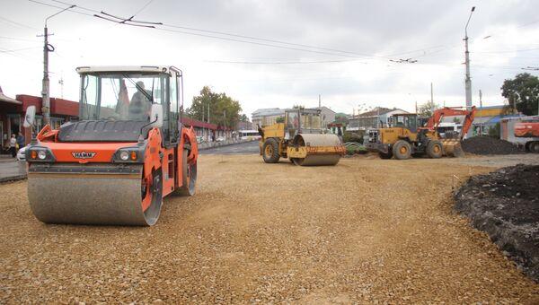 Капитальный ремонт дорог на площади Амет-Хана Султана в Симферополе