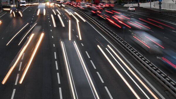 Вечерний трафик на Третьем транспортном кольце