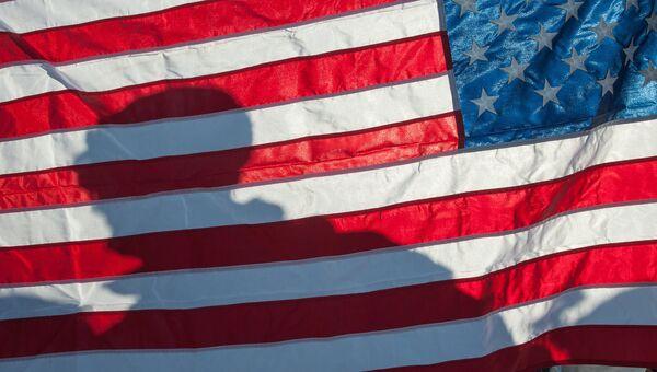 Флаг Соединённых Штатов Америки на демонстрации военной техники и вооружения НАТО в Латвии