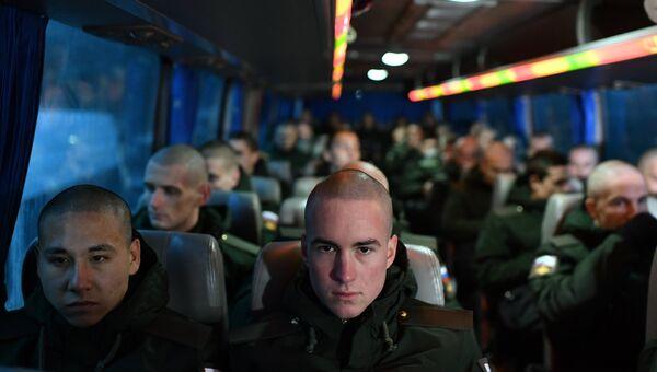 Призыв на военную службу в Крыму. Архивное фото