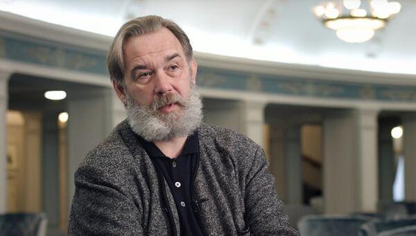 Скриншот с видео с интервью Максимом Михайловым