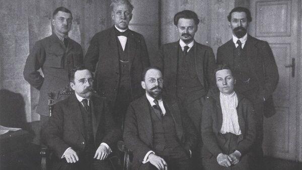 Советская делегация в Брест-Литовске.