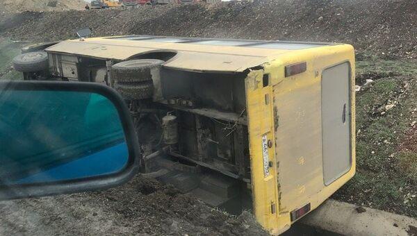 Под Симферополем с дороги вылетели автобус и грузовик