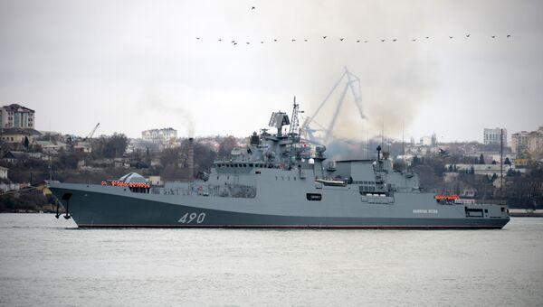 Фрегата Адмирал Эссен вернулся из Средиземного моря в Севастополь